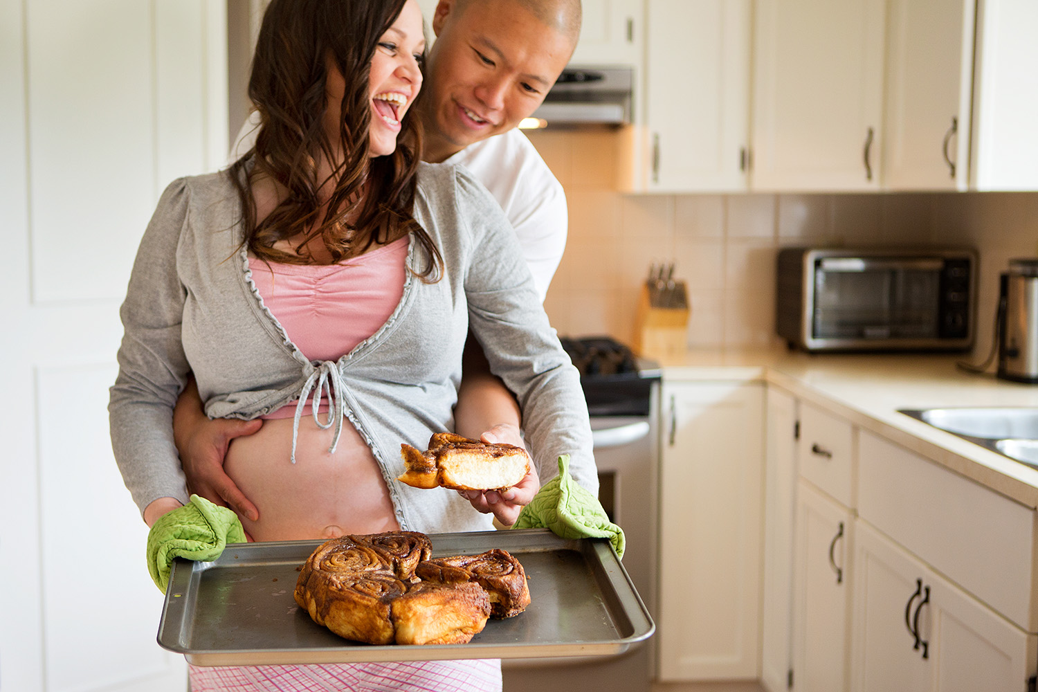 A bun in the oven--a modern maternity portrait